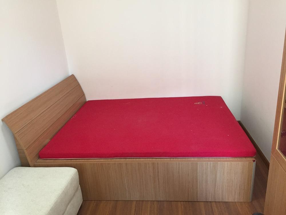 98成新红苹果实木床加大自然梦境系列棕垫,加一实木衣柜